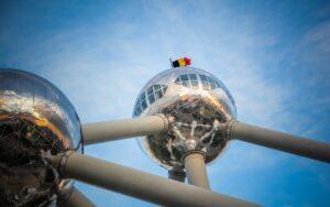 Belgium Brussels Atomium Flag Sky  - Licya / Pixabay
